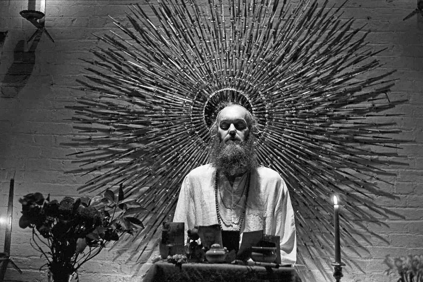 Home.fit ram-dass-publisher-photo The spiritual icon's autobiography, Part I [book review]